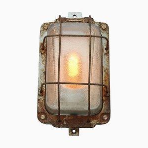 Industrielle Vintage Wandlampe aus Gusseisen & Glas von Holophane