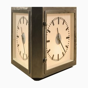 Orologio da stazione a tre facce vintage di Burk