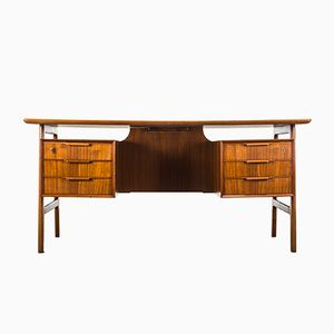 Vintage Modell 75 Schreibtisch aus Teak von Omann Jun