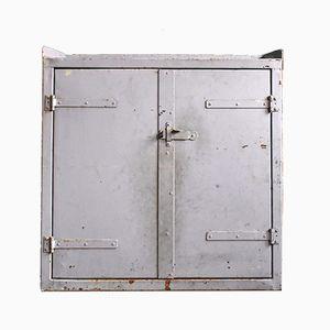Violett lackierter industrieller Mid-Century Stahlschrank, 1950er