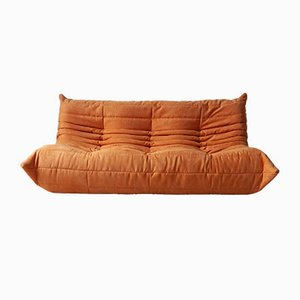 Togo 3-Sitzer Sofa mit orangefarbenem Mikrofaserbezug von Michel Ducaroy für Ligne Roset, 1970er
