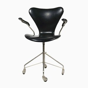 3217 Desk Chair by Arne Jacobsen for Fritz Hansen, 1950s