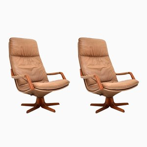 Butacas reclinables danesas de cuero y teca, años 70. Juego de 2