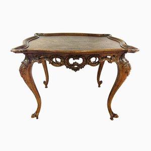 Tavolino basso Luigi XV in noce, inizio XIX secolo
