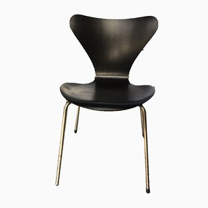 Model 7 Black Dining Chair by Arne Jacobsen for Fritz Hansen, 1950s