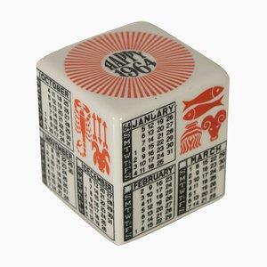 Fermacarte cubico in ceramica di Piero Fornasetti, anni '60