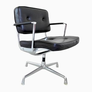 Chaise Intermediate Vintage par Charles & Ray Eames pour Herman Miller