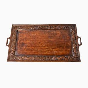 Antikes Tablett aus geschnitztem Teakholz