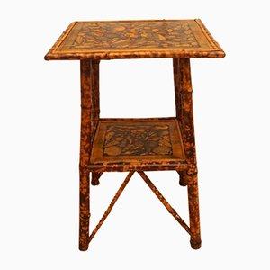 Antiker Beistelltisch aus Bambus