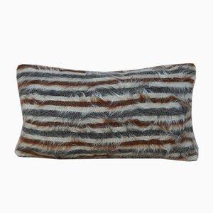 Zotteliger Kelim Kissenbezug aus Angorawolle von Vintage Pillow Store Contemporary