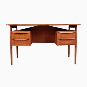 Dänischer Mid-Century Schreibtisch mit schwebender Tischplatte aus Teak von Gunnar Nielsen Tibergaard, 1960er