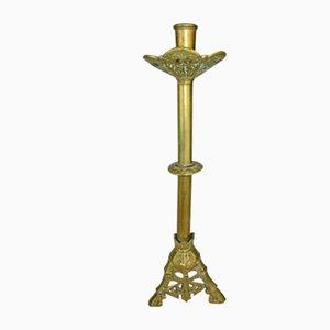 Candelabro de iglesia gótico antiguo de bronce