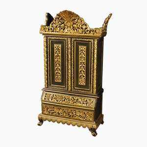 Mueble indio de madera pintada y dorada, años 60