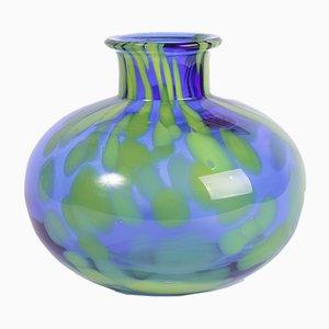 Jarrón de cristal de Bohemia azul de Sklarny Prachen, años 70