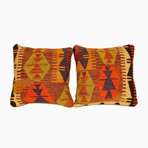 Fundas para almohadas hechas con kilim en verde y naranja tejido a mano de Vintage Pillow Store Contemporary. Juego de 2