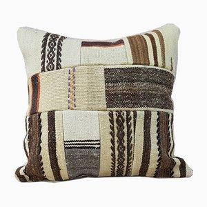 Großer handgewebter Patchwork Kelim Kissenbezug aus Wolle von Vintage Pillow Store Contemporary