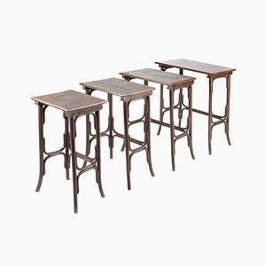 Tavolini ad incastro nr. 10 antichi in faggio di Thonet