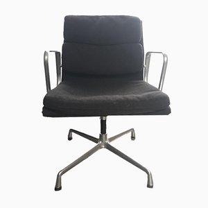 Sedia girevole EA207 in alluminio di Charles & Ray Eames per Vitra, anni '90