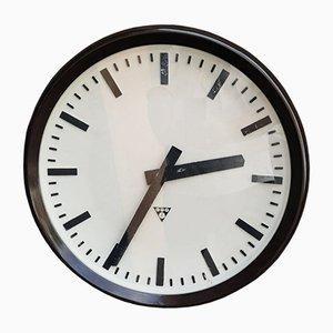 Reloj de fábrica grande redondo de Pragotron, años 60