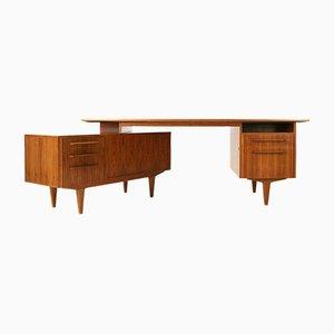 Deutscher Mid-Century Schreibtisch aus Nussholz von WK Möbel, 1960er