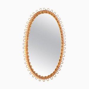 Italienischer ovaler Mid-Century Spiegel mit Rattanrahmen