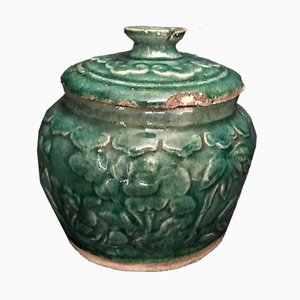 Jarrón chino antiguo de cerámica esmaltada en verde, década de 1600