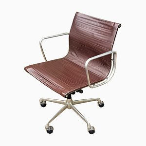 EA 117 Brown Leather Swivel Office Chair by Charles & Ray Eames for ICF De Padova, 1950s