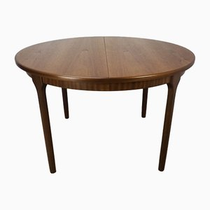 Round Vintage Extendable Dining Table from Mcintosh