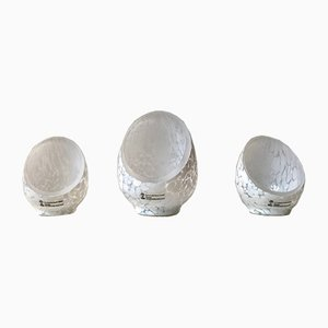 Candeleros en forma de medio huevo de vidrio artístico de Ingegerd Råman para Skruf, años 80. Juego de 3