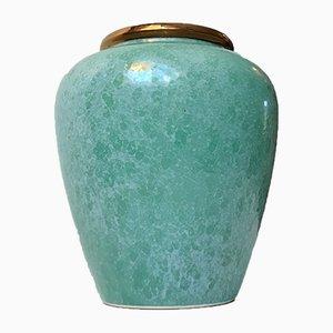 Urna o jarrón escandinavo vintage de cerámica con esmalte verde moteado, años 70