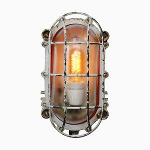 Industrielle deutsche Vintage Wandlampe aus Gusseisen, 1950er