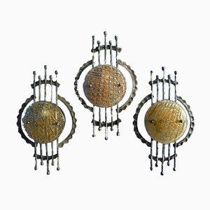 Lámparas de pared brutalistas de vidrio y metal, años 60. Juego de 3