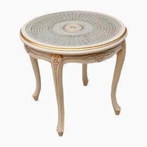 Französischer Vintage Beistelltisch mit Tischplatte aus Schilfrohr im provinzialem Stil