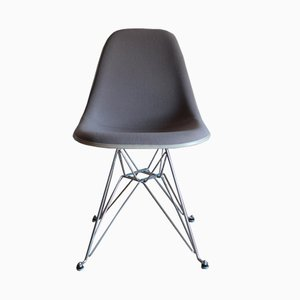 Eiffel Fiberglass Chair by Charles & Ray Eames for Herman Miller, 1970s
