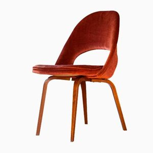 Sedia in legno e velluto di Eero Saarinen per Knoll International, anni '60