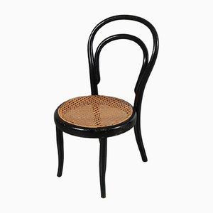 Antiker Kinderstuhl aus Bugholz von Michael Thonet für Köhn