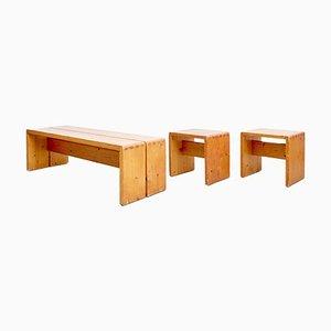 Juego de mesa, taburetes y banco de Charlotte Perriand, años 60