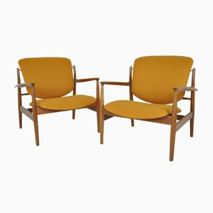 Scandinavian FD136 Easy Chairs by Finn Juhl for France & Daverkosen, 1950s, Set of 2