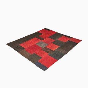 Alfombra Kilim turca en rojo y negro, años 90