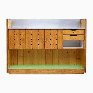 Mueble bar Mid-Century de madera de pino de Charlotte Perriand, años 60