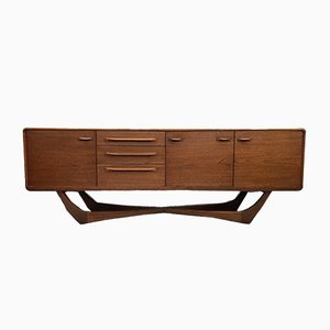 Skandinavisches modernes Sideboard aus Holz von Beithcraft, 1960er