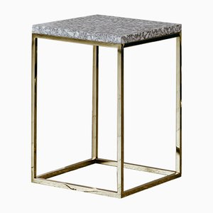 Solo Terrazzo Como Säulentisch aus Messing von Un'common
