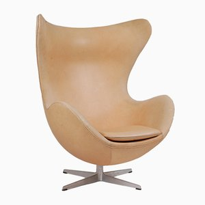 Mid-Century Danish Aniline Leather Lounge Egg Chair from Fritz Hansen, 1963