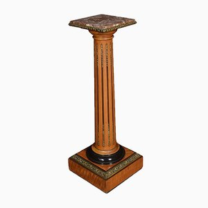 Pedestal antiguo