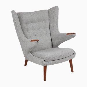 Fauteuil en Tissu et Teck par Hans J. Wegner pour AP Furniture, Danemark, 1966