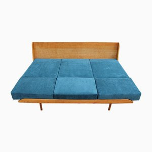 Sofá cama de Lisovsky Nabytek, años 60