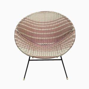 Geflochtener Sessel aus Korbgeflecht in Rosa & Weiß, 1950er