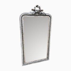 Großer französischer Spiegel im versilbertem Rahmen aus geschnitztem Holz & Gesso, 19. Jh.