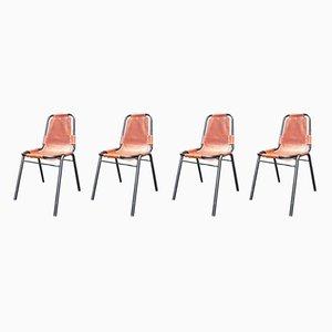 Französische Esszimmerstühle aus Eisen und Kuhleder von Charlotte Perriand, 1950er, 5er Set