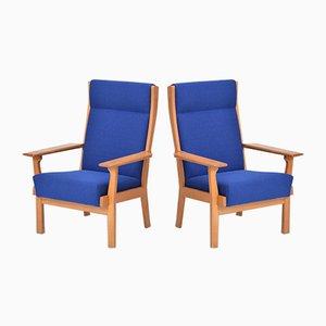 Dänische Armlehnstühle aus Eichenholz von Hans J. Wegner für Getama, 1970er, 2er Set